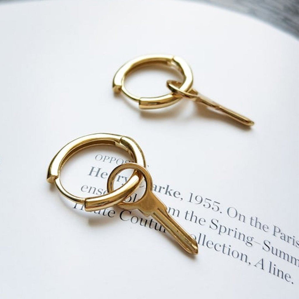 Small 18K Gold Key Earrings Earrings i_did 2 earrings (2 ears)