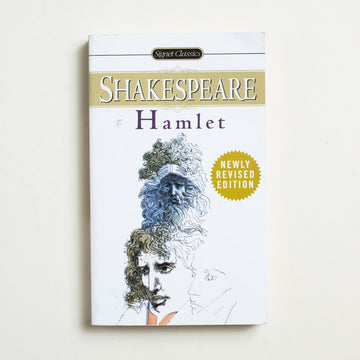 Hamlet by William Shakespeare, Signet Classic, Paperback from A GOOD USED BOOK.