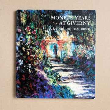 Monet's Years at Giverny: Beyond Impressionism by Philippe de Montebello , Metropolitan Museum of Art, Large Trade Softcover from A GOOD USED BOOK.