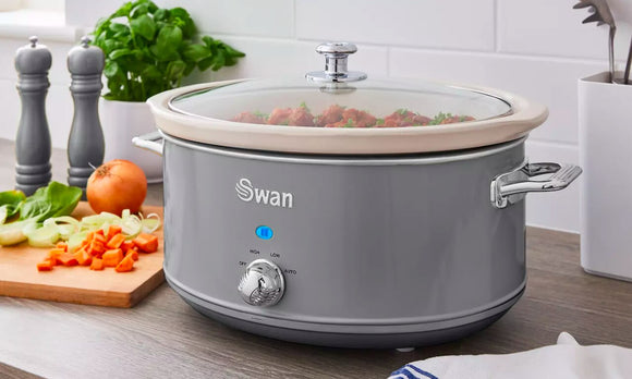 Swan Retro-Style Slow Cooker
