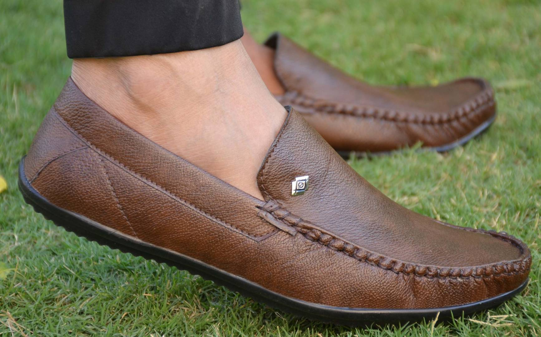 Elegant Coffee Solid Synthetic Leather Men's Loafers