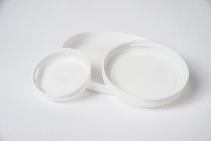"3.5"" White Plastic Plug (Box = 300)"