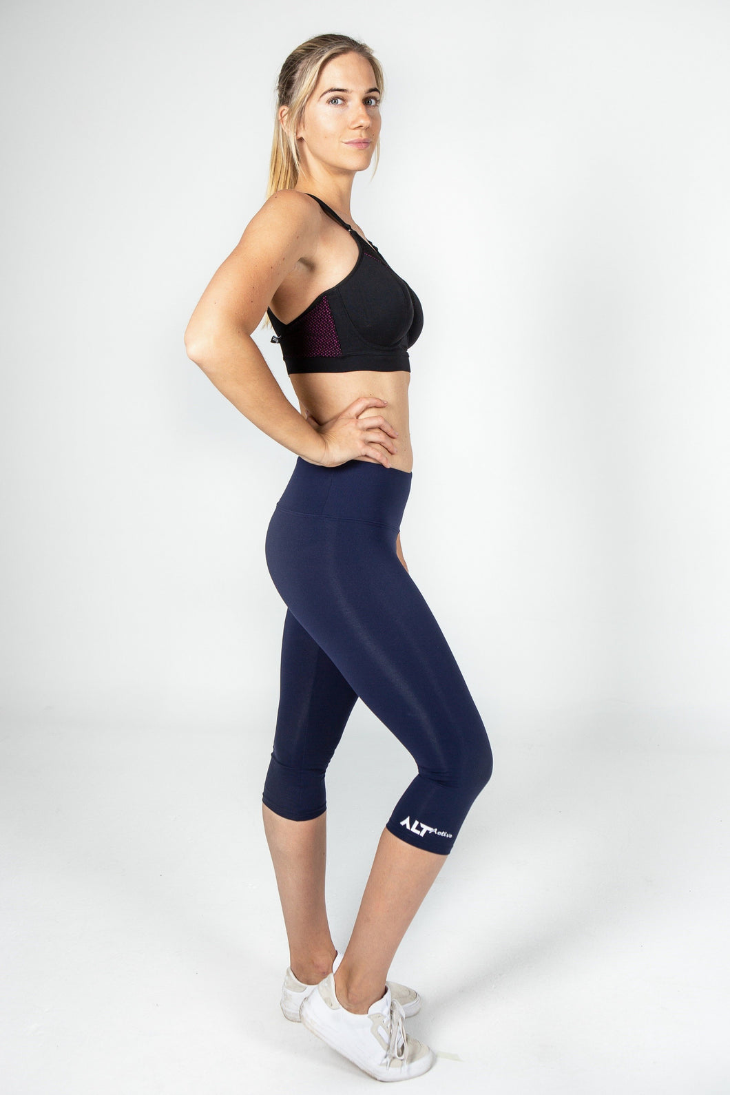 Core 3 quarter Legging in Navy