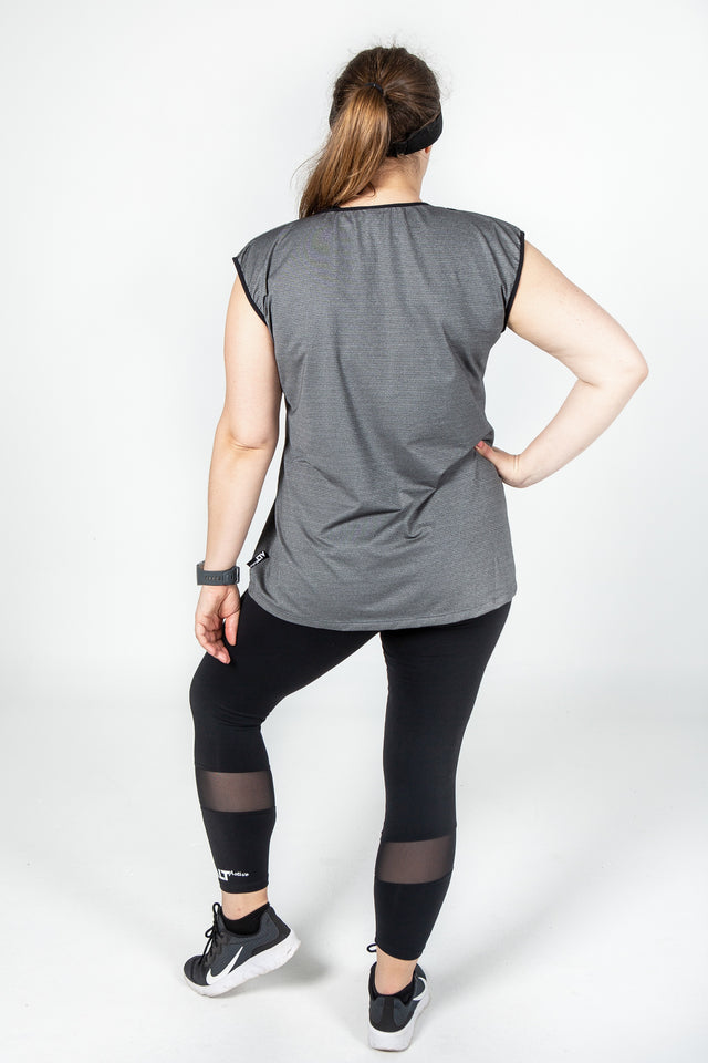 Cap sleeve tee in Carbon