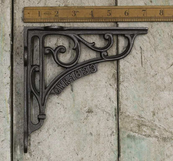 "CAST IRON GWR 1833 SHELF BRACKETS IDEAL FOR 8"" AND 9"""