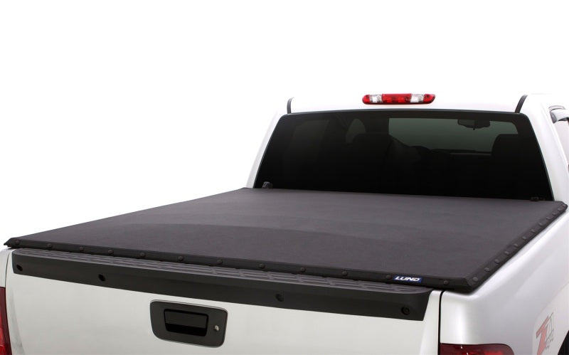 Lund 00-04 Dodge Dakota (5ft. Bed) Genesis Elite Snap Tonneau Cover - Black