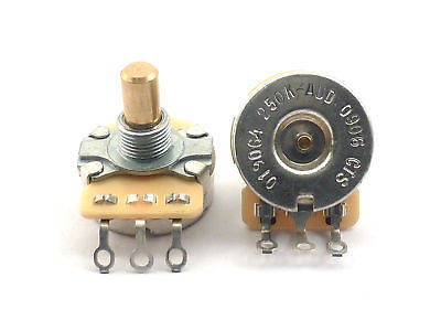 Fender (CTS) Potentiometer 250K Solid Shaft Pot