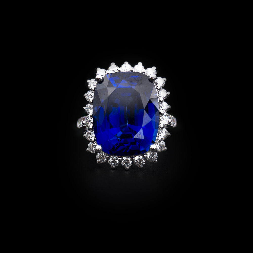 Load image into Gallery viewer, Blue Sapphire Majestic Ring