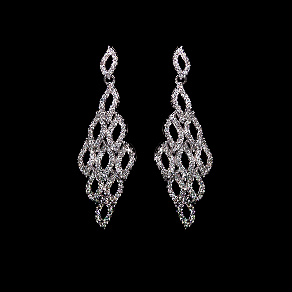 Diamond Dangling Earring