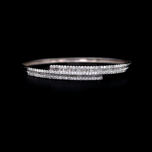 Load image into Gallery viewer, Baguette Diamond Bangle