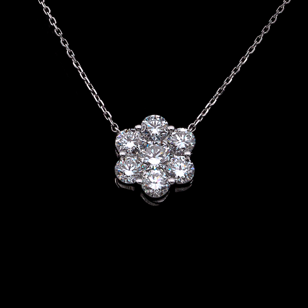 Load image into Gallery viewer, Iconic Diamond Flower Necklace