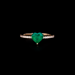 Heart shape Emerald Ring