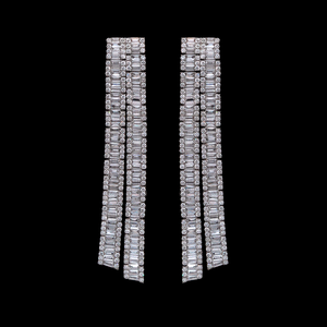 Load image into Gallery viewer, Baguette Diamond Modern Earring