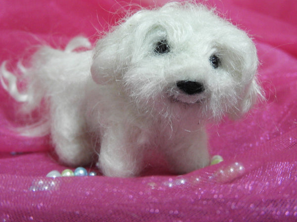 Needle felted miniature Pet Dog, Maltese , Fiber Art, Home Decor, Felted Animal, Needle Felting, Soft Sculpture, handmade gift,