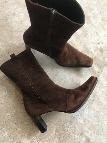 Brown Suede Boot 39