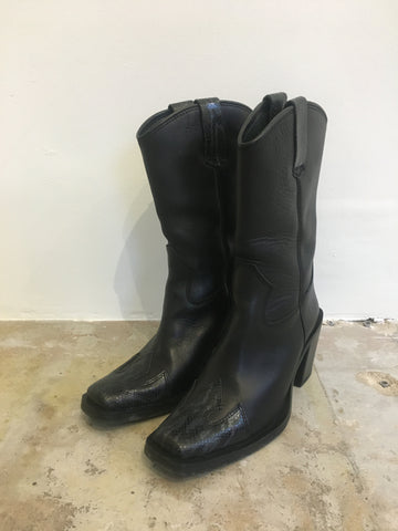 Black Square Snake Boots 38