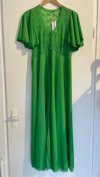 Green Lace Gown M