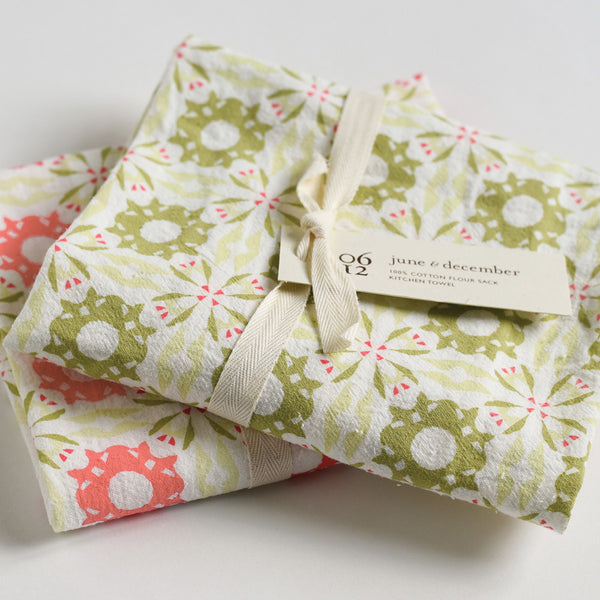 Holiday Chicory Towels : Set of 2