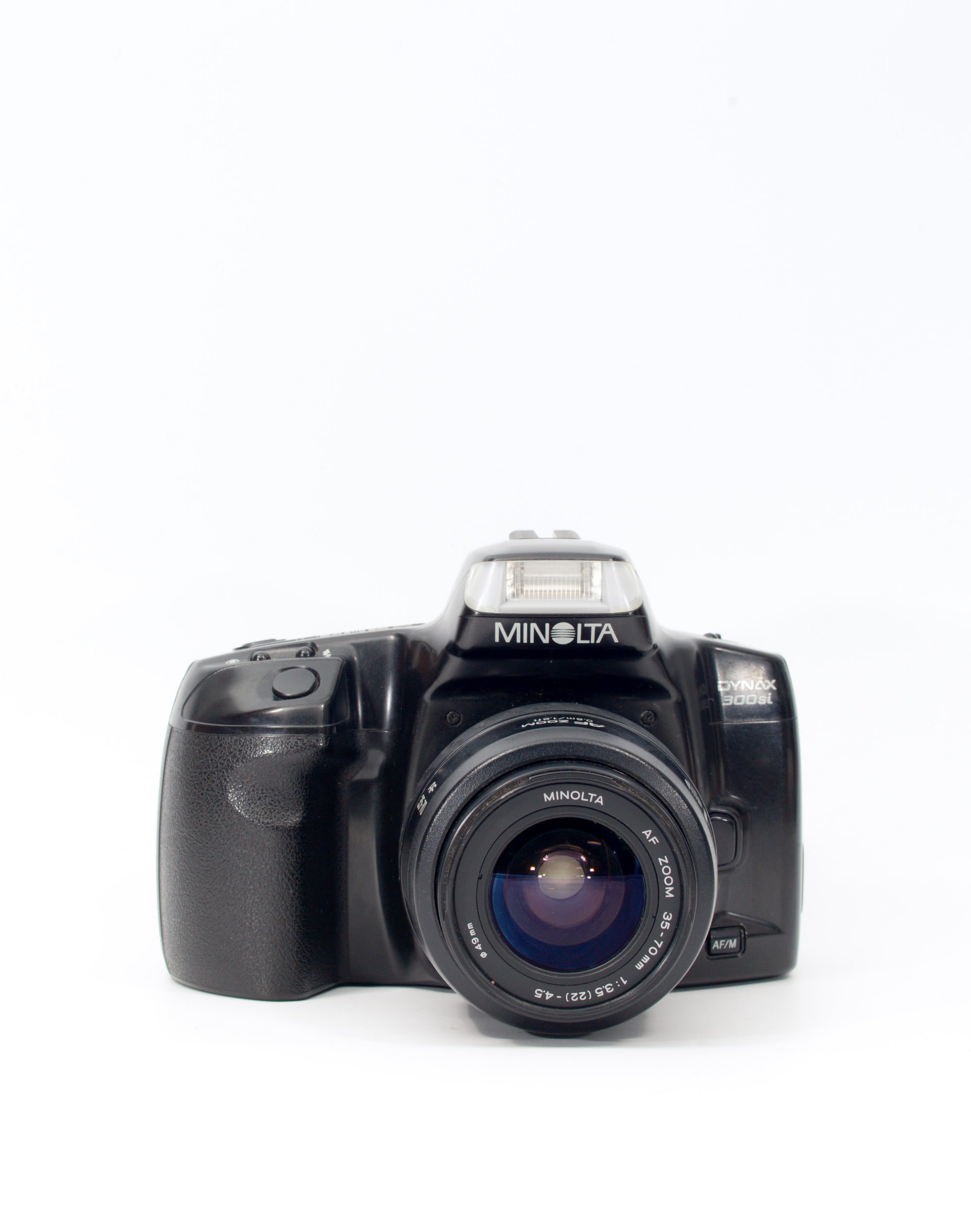 Minolta Dynax 300si 35mm SLR film camera with 35-75mm lens