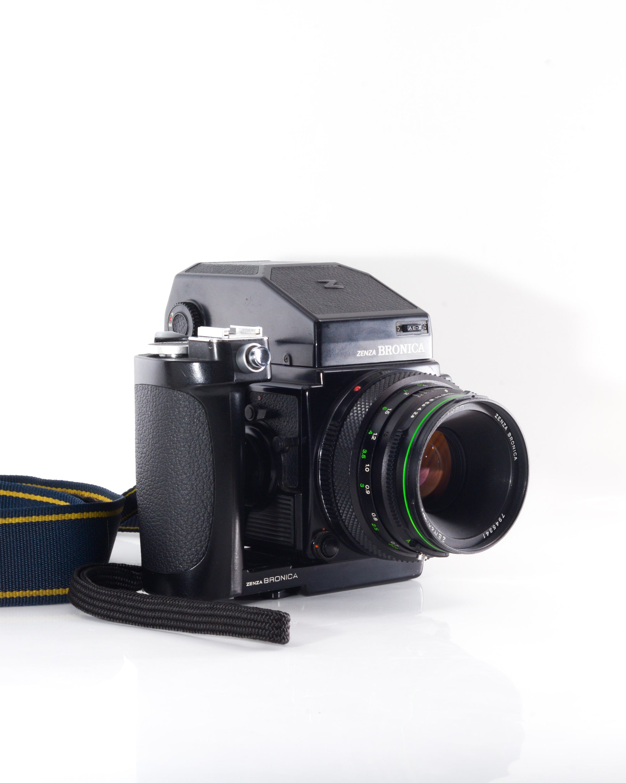Bronica ETRS Medium Format film camera with 75mm f2.8 lens