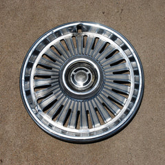 "Chevrolet Chevelle Malibu 14"" hubcap 1965 only"