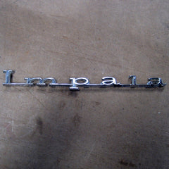 Chevrolet Impala Quarter Panel Emblem 1967 only