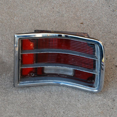 Chevrolet Impala Wagon RH tail light 71 72