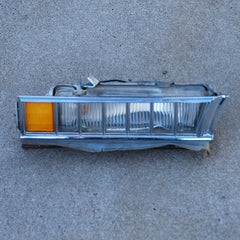 Cadillac Deville 71 72 73 front fender corner marker light assembly LH
