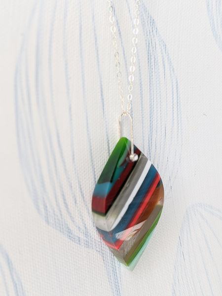 Almond Surfite Pendant