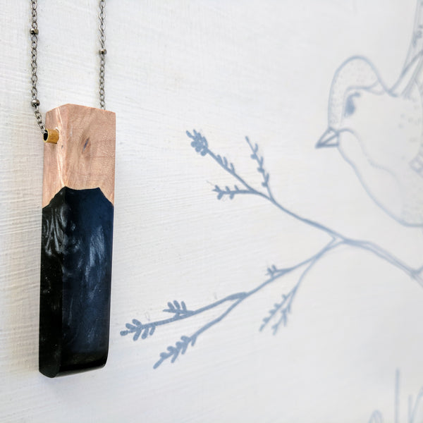 Wood and Black Resin Necklace with Rounded Edge