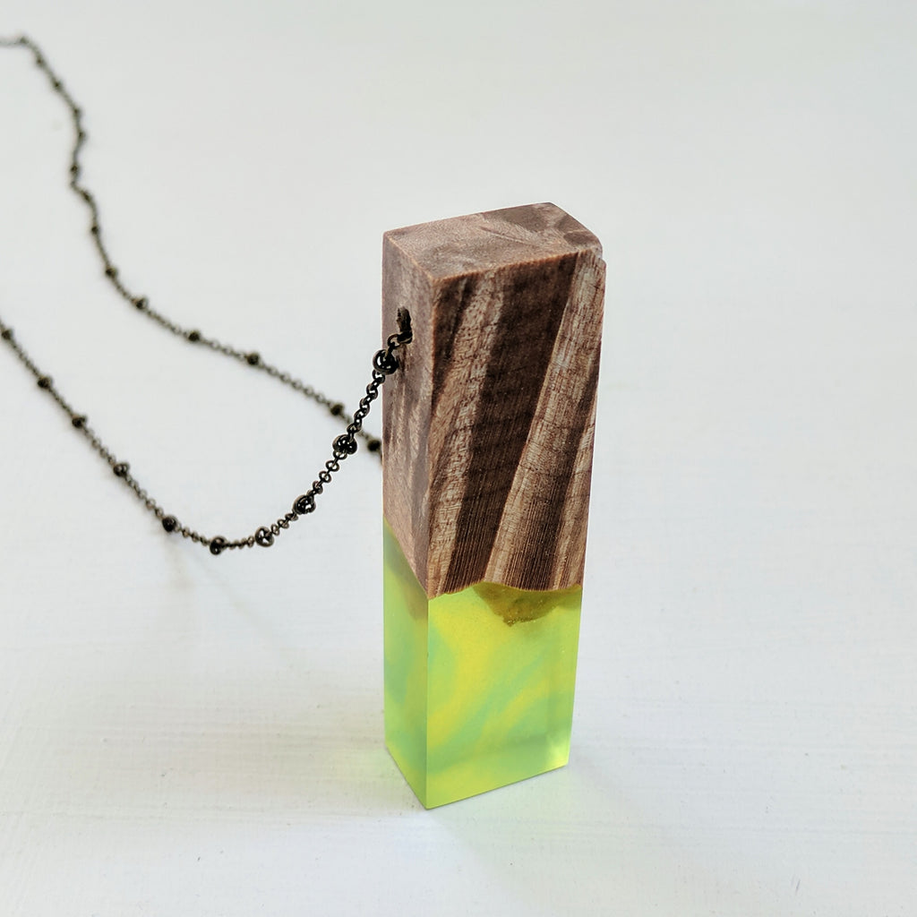 Green Sunburst Monolith Wood and Resin Necklace