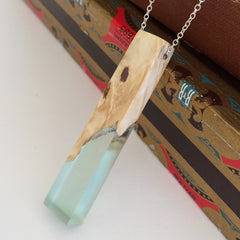 Sea Foam Colored Resin and Wood Necklace