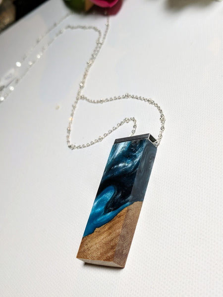 Wood and Blue Resin Silvered Bar Necklace
