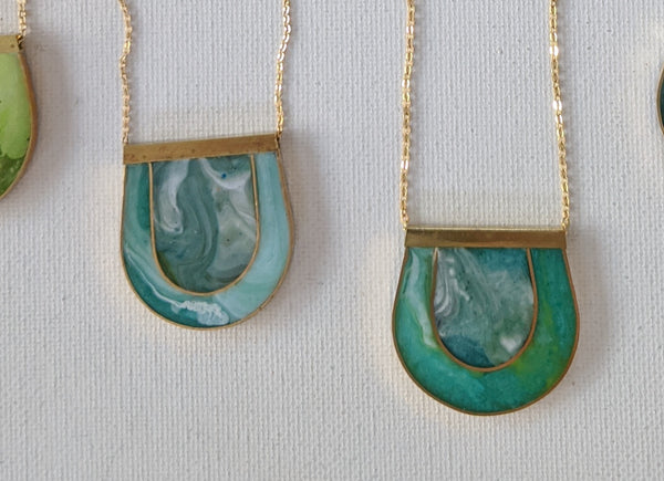 Marbled Mother of Pearl Green Necklace