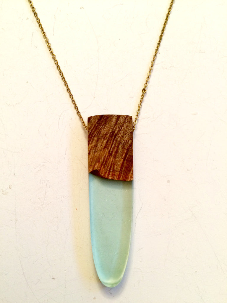 Wood and Light Green Resin Necklace
