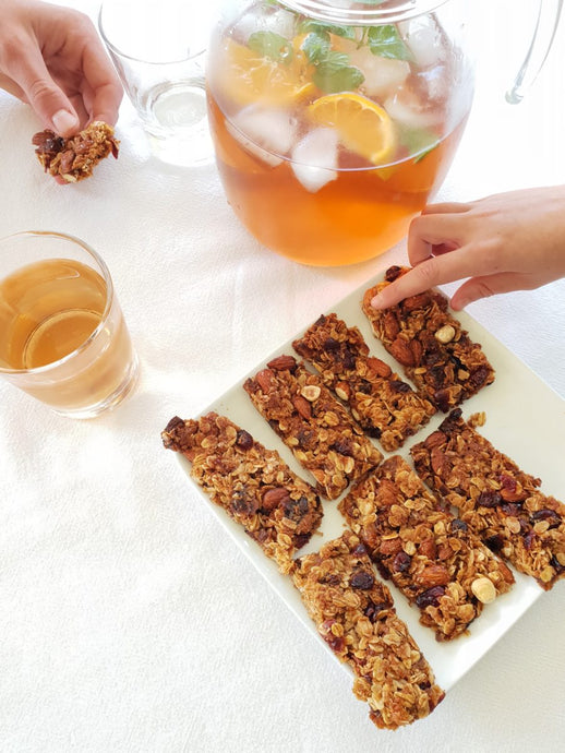 Day 30 – almond, date & apricot snack bars