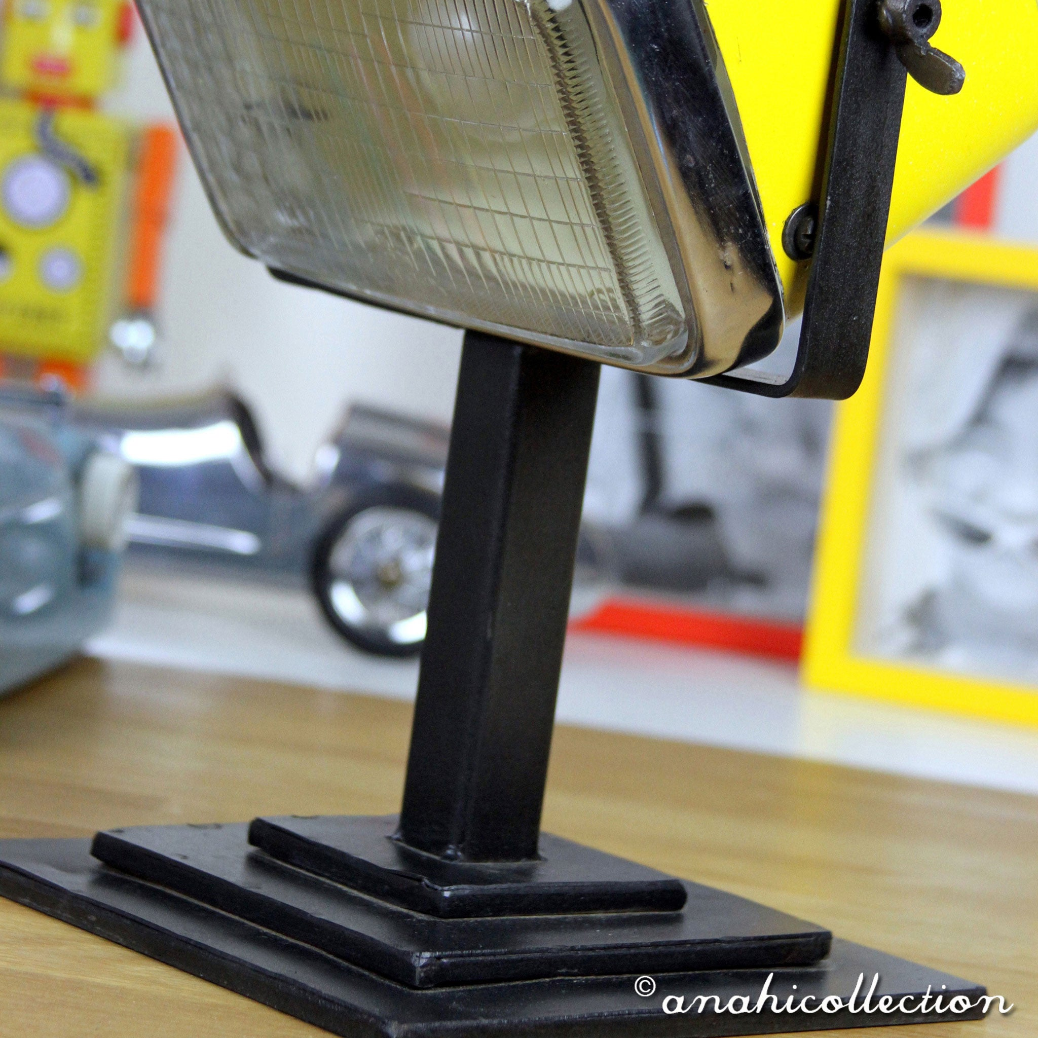 Phare French Desk Lamp