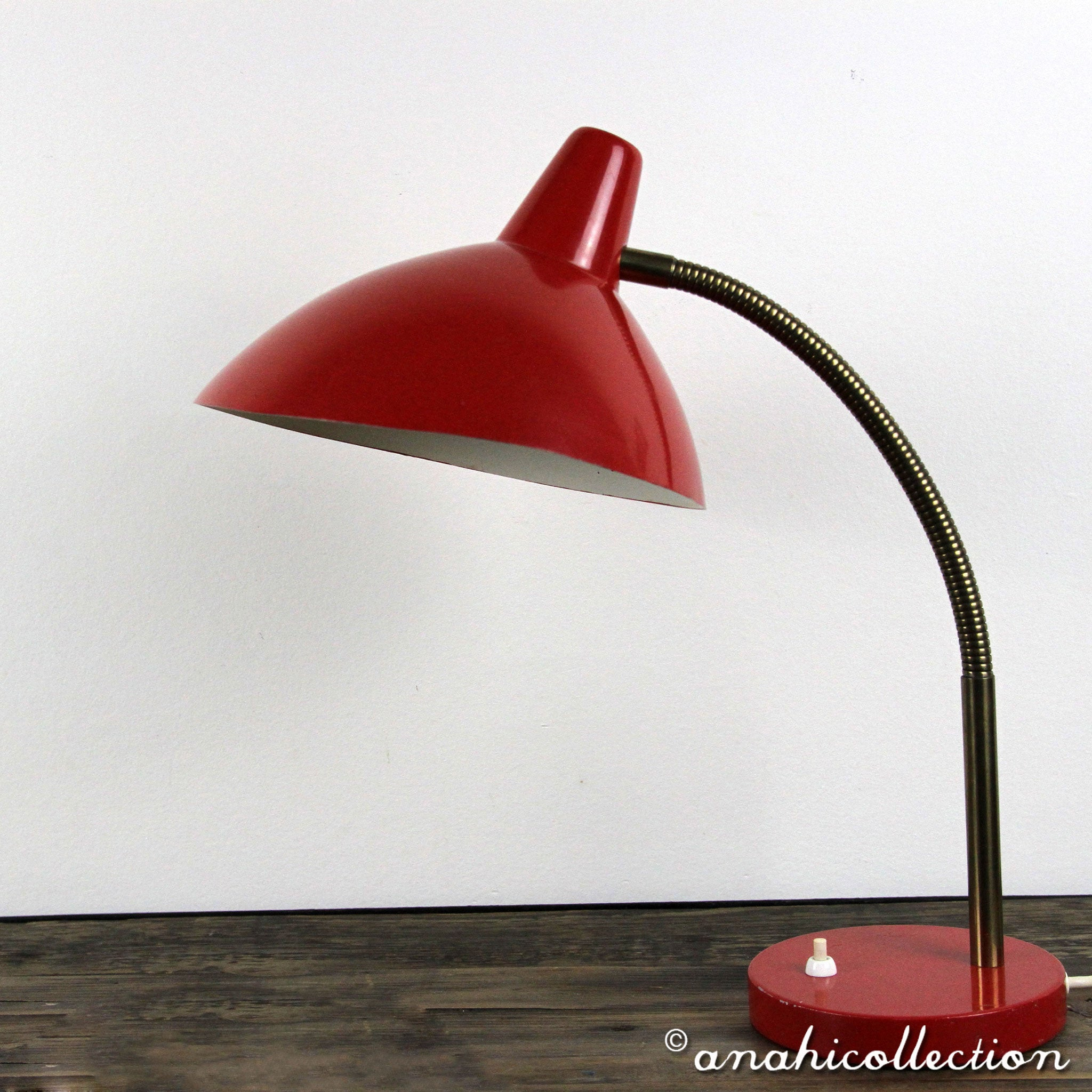 Bowl Desk Lamp