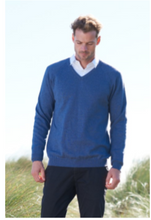 Load image into Gallery viewer, Merino Wool Mens Raglan V Neck Jumper - Royal Merino