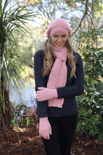 Load image into Gallery viewer, Alpaca Wool Cable Beanie