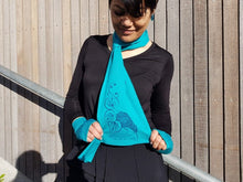 Load image into Gallery viewer, Merino Wool Kiwi & Kawakawa Scarf - Jill Main
