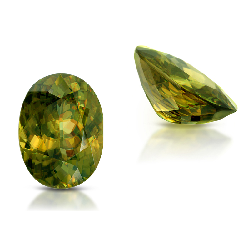 Fire-starter. Sphene Gemstone 12.07ct