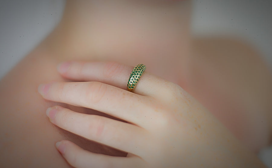 Gold Emerald Queen Of Crowns Cocktail Ring