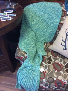 Knit 'Mermaid Tail' Blanket