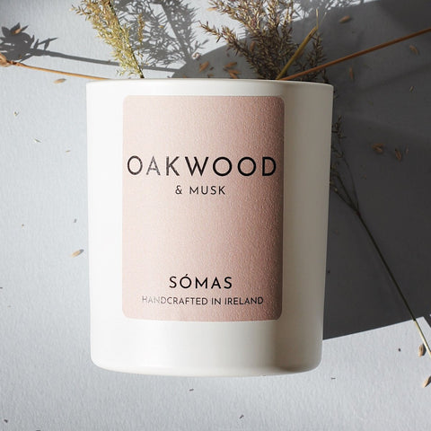 SOMAS Oakwood & Musk candle - The Jute Basket