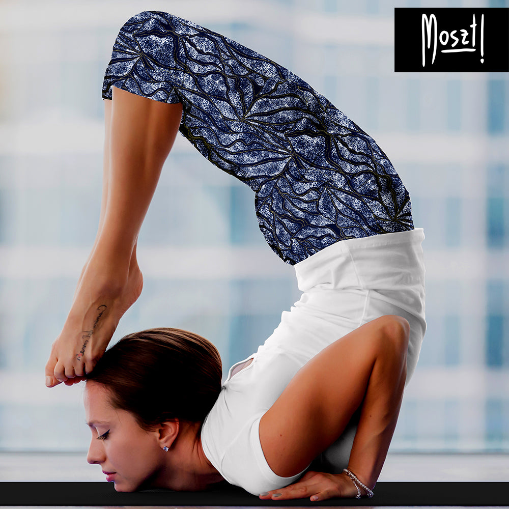 Lotus Yoga Capri Leggings