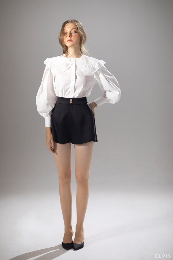 High-waisted shorts featuring front button and zip fastening, two side slit pockets, two rear welt pockets | PF20B69