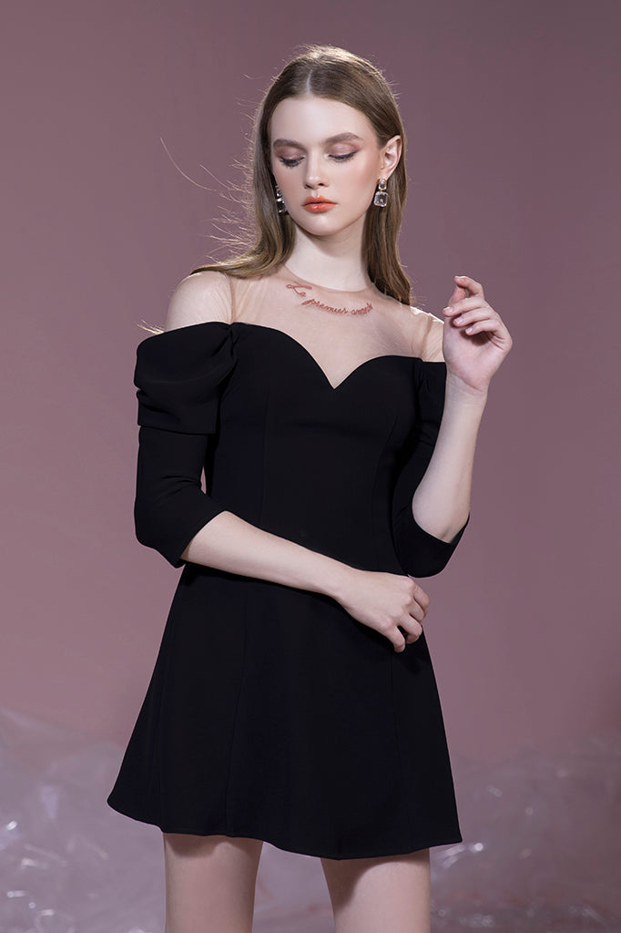 a sweetheart neck, sheer panelling, hand embroidery, off shoulder mini dress | PF19D01
