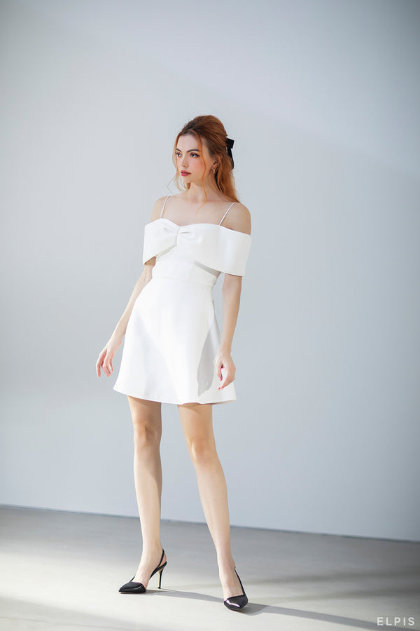 Off-shoulder Mini dress featuring pussy bow detailing, spaghetti traps | FW20D39
