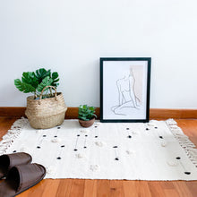 Load image into Gallery viewer, bohemian rug with tassels
